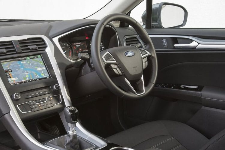 Ford Mondeo Hatch 5Dr 2.0 EcoBlue 150PS Titanium Edition 5Dr Manual [Start Stop] inside view